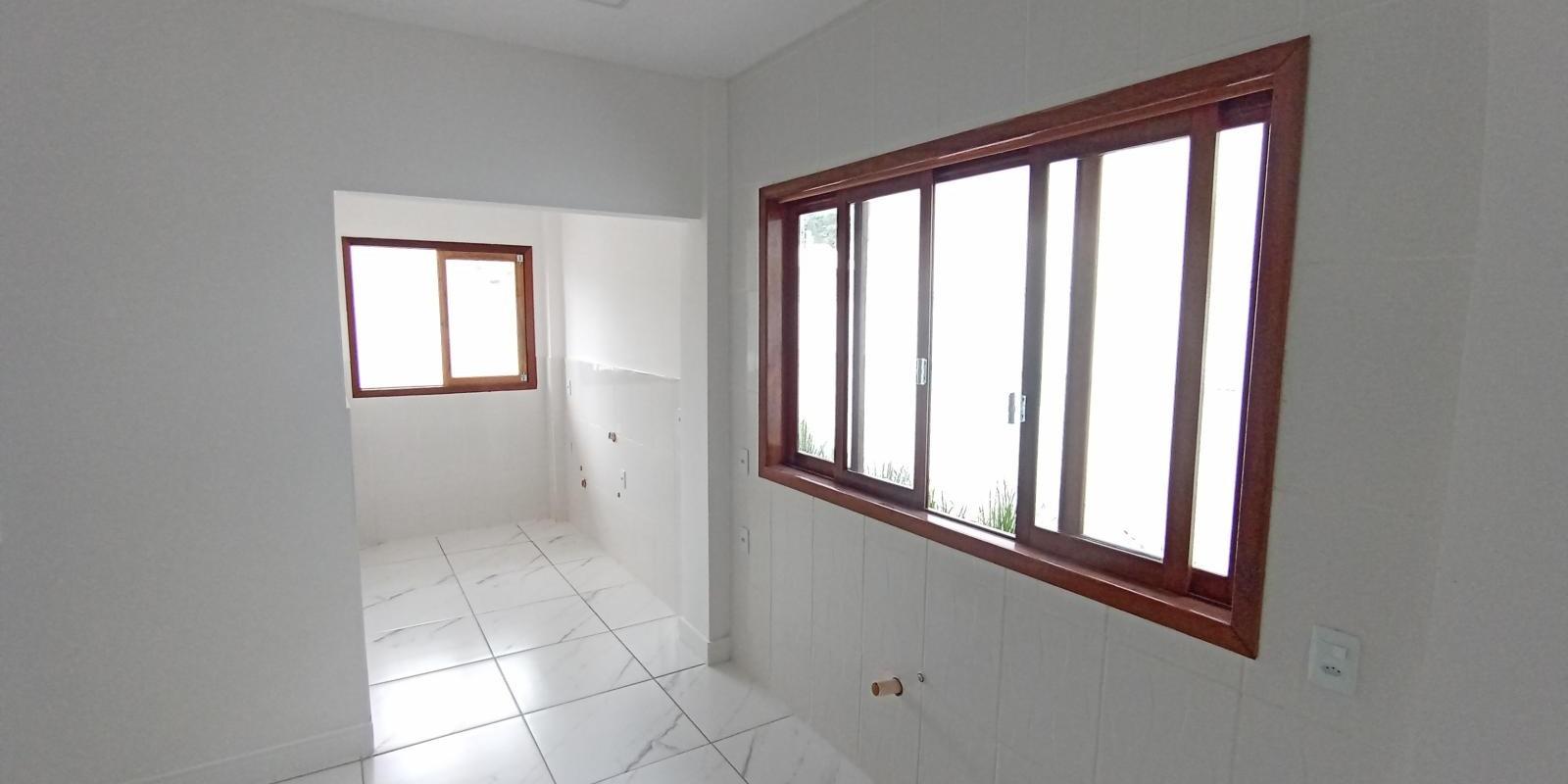 Linda Casa Geminada com 3 Quartos - Foto 8 de 14