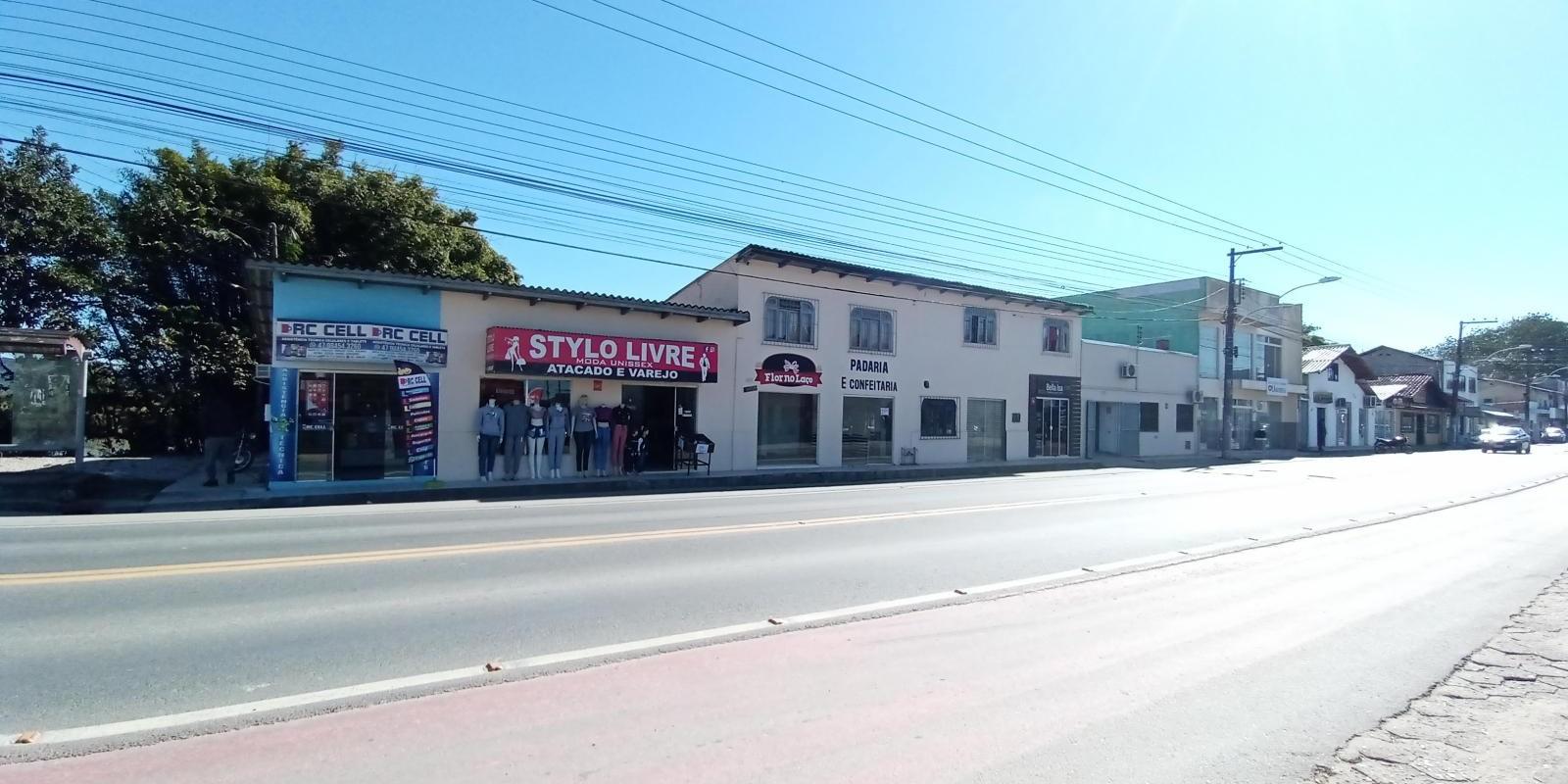 Oportunidade para investidor no Centro de Ilhota - Foto 11 de 12